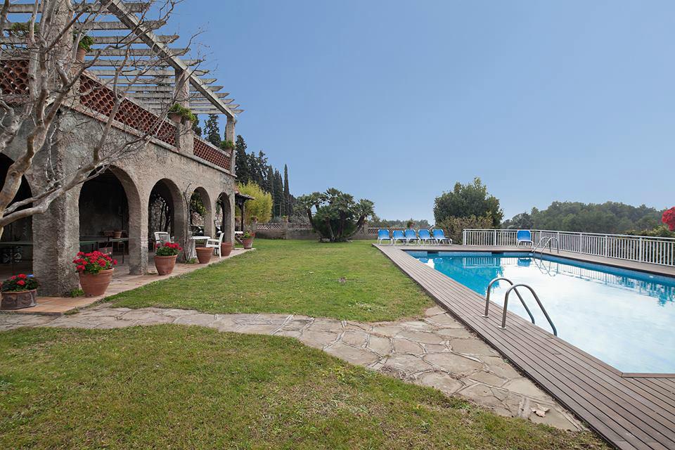 Sr 305 vall s occidental barcelona reserva online - Casas en el valles occidental ...